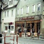 1991-10-Eine Tour durch Havelberg, Steinstraße Ecke Langestraße, Foto-© Heimatverein Havelberg e.V. – Repro fweDESIGN