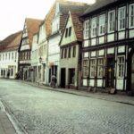 1991-11-Eine Tour durch Havelberg, Langestraße, Foto-© Heimatverein Havelberg e.V. – Repro fweDESIGN