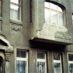 1991-18-Eingang durch Havelberg-Mühlenstraße, ehemaliges Gebäude des Havelberger Kuriers, Foto-© Heimatverein Havelberg e.V. – Repro fweDESIGN