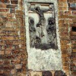 1991-22-Eine Tour durch Havelberg, Relief, Stadtkirche St. Laurentius, Foto-© Heimatverein Havelberg e.V. – Repro fweDESIGN